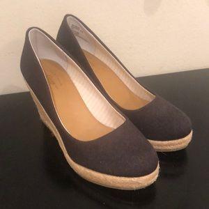 Shoes - Women's shoes size 6.5